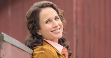 Andie MacDowell's newest story has a romance chapter in 'At Home in Mitford'