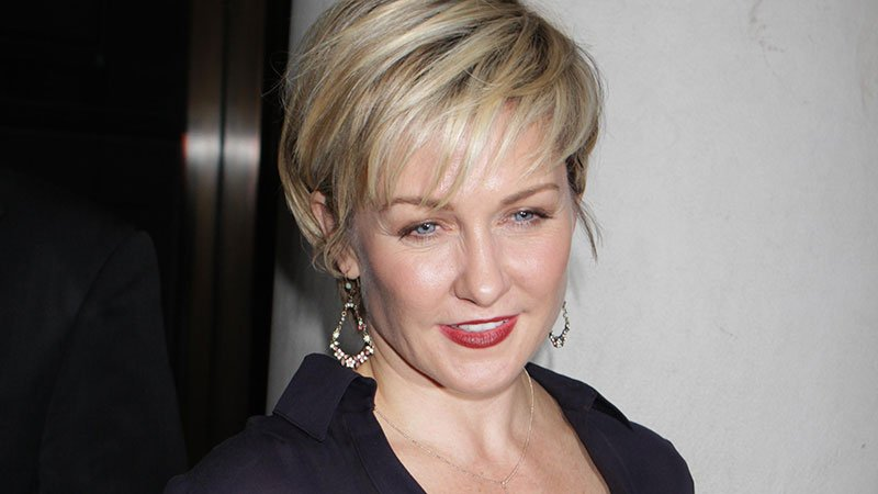 Why 39 blue bloods 39 lost its linda ontvtoday for What happened to danny s wife on blue bloods