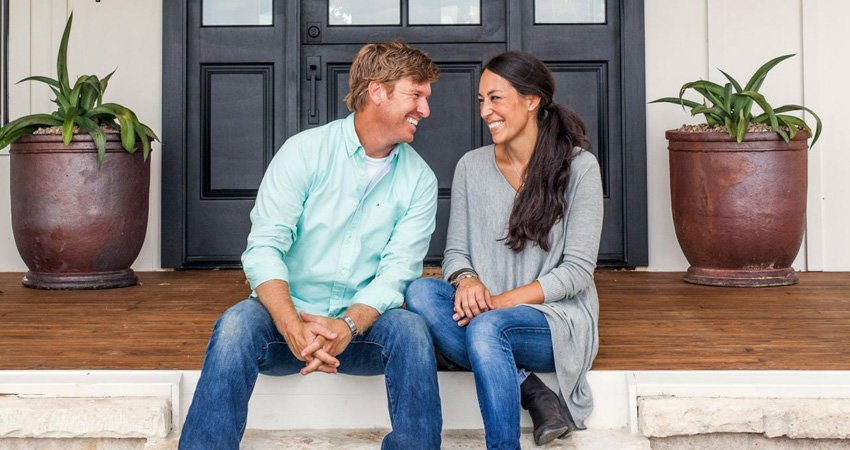 chip and joanna gaines set for final season of 39 fixer upper 39 ontvtoday. Black Bedroom Furniture Sets. Home Design Ideas