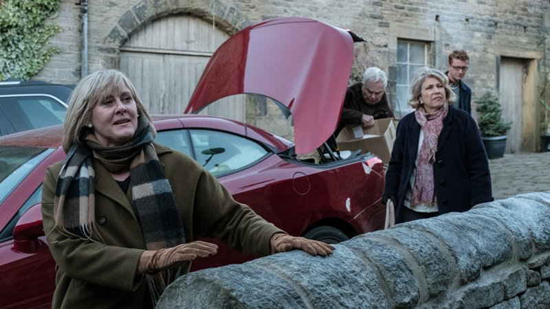 The family needs to relocate just before the holidays in 'Last Tango in Halifax'