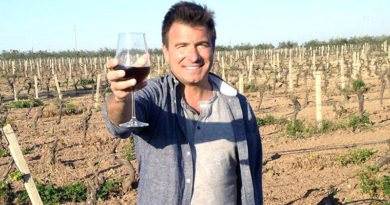 Jack Maxwell of 'Booze Traveler' Monday on Travel Channel