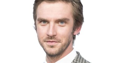 "Dan Stevens of ""Legion"" Tuesday on FX"