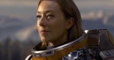 Molly Parker adjusts to being 'Lost in Space'