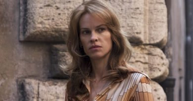 "Hilary Swank of ""Trust"" Sunday on FX"