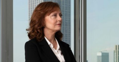 Susan Sarandon stands up for 'Ray Donovan' again