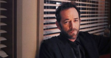 Luke Perry is now at home in 'Riverdale'