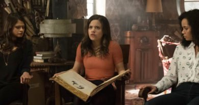 Three young actresses become television's new 'Charmed' Ones