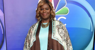Retta returns as one of the sometimes-bad 'Good Girls'