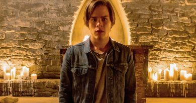 Jake Manley – Fighting monsters and laughing with Matt Frewer