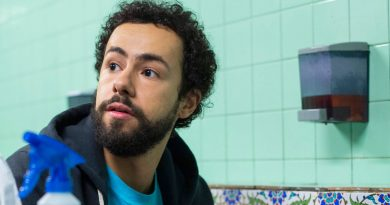 A young Muslim American considers his place in the world in Hulu's 'Ramy'