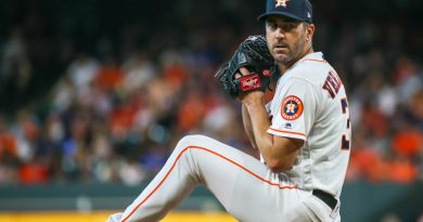 At 36, Verlander enjoying a vintage year