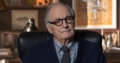 Alan Alda continues to counsel 'Ray Donovan'