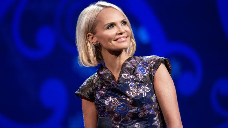 Kristin Chenoweth joins the Tabernacle Choir for Christmas