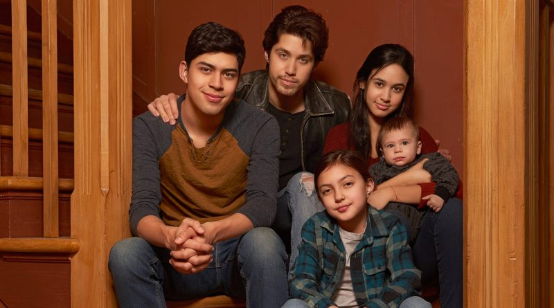 A new 'Party of Five' is seated by Freeform