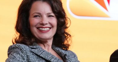 An 'Indebted' son hosts Fran Drescher in new NBC comedy
