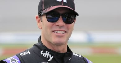 Jimmie Johnson – NASCAR driver is competitive on foot, too