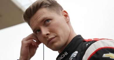 Newgarden shows talent at the track and on Twitter