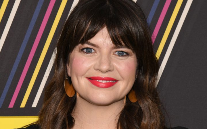Casey Wilson experiences more stock-market shenanigans on 'Black Monday'