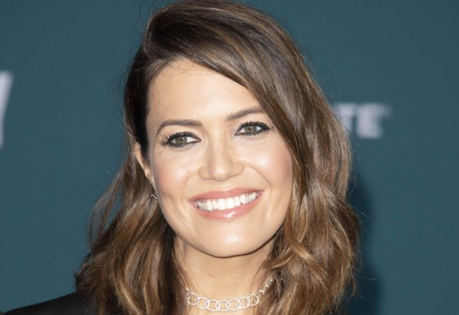 Mandy Moore is still aiming for happy 'Landings' live