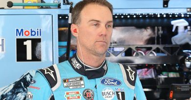 Harvick defends title at the Brickyard