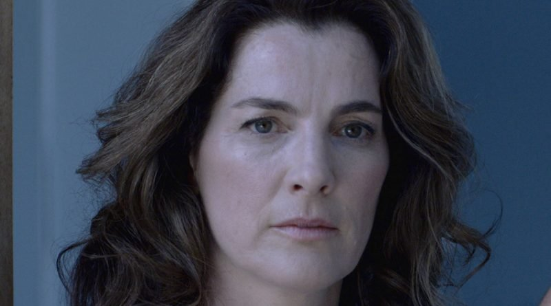 Ayelet Zurer of 'Losing Alice' on Apple TV+