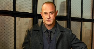 Stabler is back: Christopher Meloni stars again in new 'Law & Order' entry