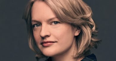 'The Handmaid's Tale' – Moss dons the producer's hat