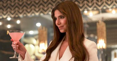 Roselyn Sanchez is the new greeter on 'Fantasy Island'