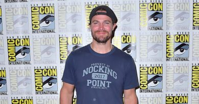 'Heels' – Stephen Amell rolls with the blows