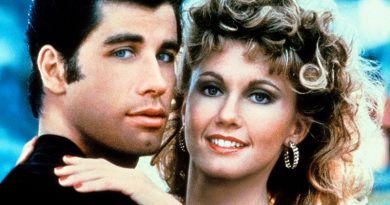 'Grease' still is the word for movie-musical fun
